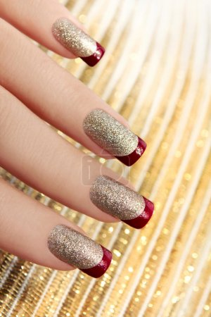 Brilliant Golden manicure