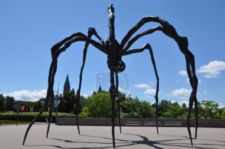 Spider sculpture in front the National Gallery of Canada in Ottawa, Canada