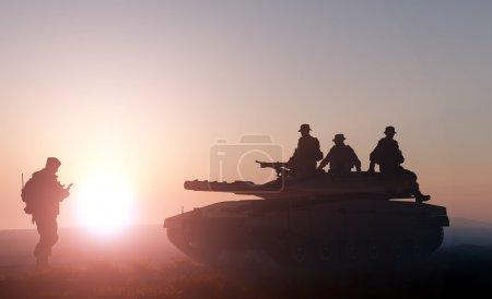 Photo pour Réservoir et soldat sur fond de nature - image libre de droit