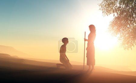 Photo pour Silhouette d'un homme à genoux devant Jésus . - image libre de droit