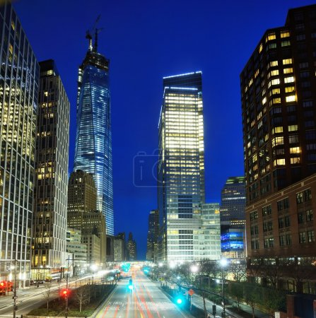 Photo pour Paysage urbain du quartier financier de New York - image libre de droit