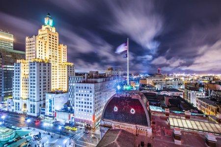 Photo pour Providence, Rhode Island Paysage urbain vu de derrière l'hôtel de ville . - image libre de droit