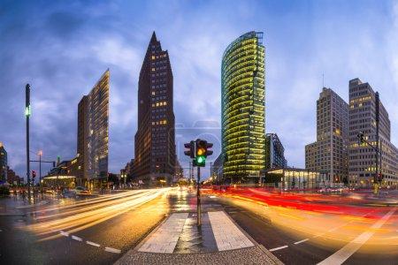 Photo pour Potsdamer Platz est le quartier financier de Berlin, Allemagne . - image libre de droit