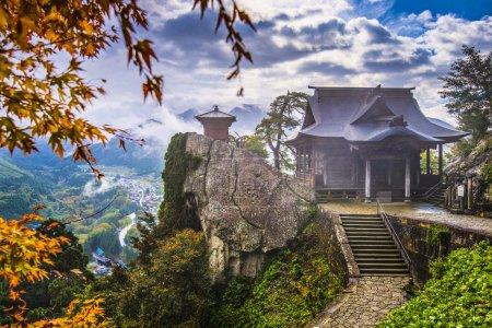 Photo pour Temple d'Yamadera montagne à yamagata, Japon - image libre de droit