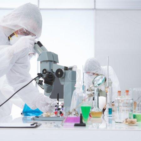 laboratory molecular analysis