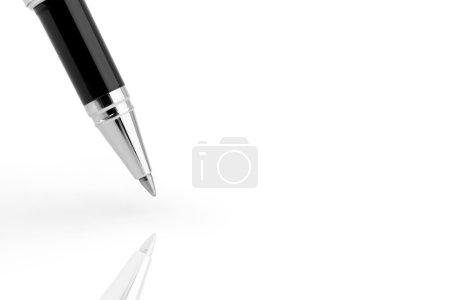Photo pour Stylo isolé sur fond blanc - image libre de droit