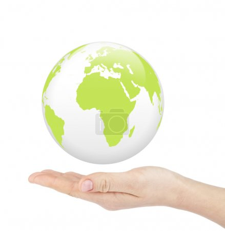 Photo pour Main tenant un monde globe vert sur fond blanc. monde dans le concept de la main de l'homme - image libre de droit