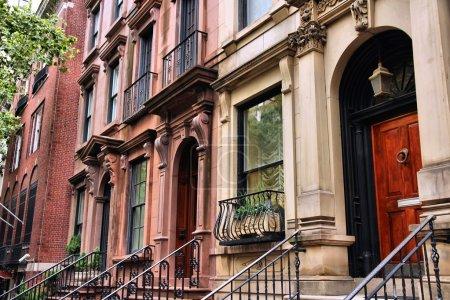 Photo pour New york city, États-Unis d'Amérique - vieilles maisons de ville à turtle bay quartier dans midtown manhattan - image libre de droit