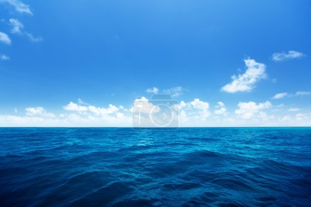 Photo for Perfect sky and water of indian ocean - Royalty Free Image