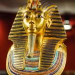 Replica of the burial mask of egyptian pharaoh tut...