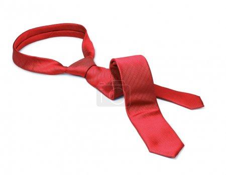 cravate rouge pris son envol