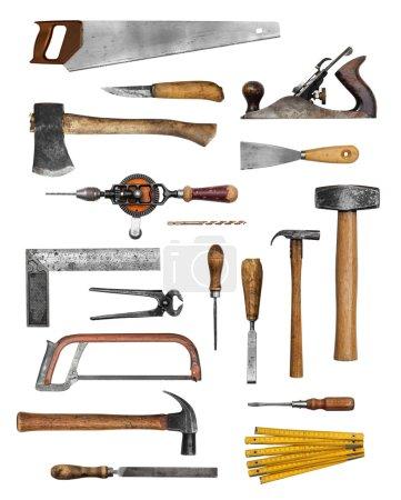 Photo pour Collection isolée sur blanc de jeu d'outils à main ancien charpentier - image libre de droit