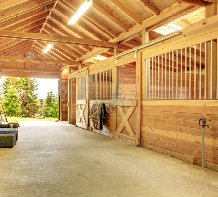 Beautiful clean stable barn