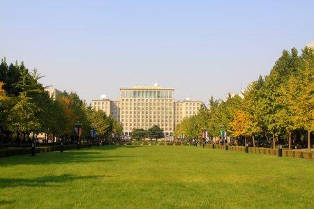 Photo pour Université Tsinghua campus architecture et paysage - image libre de droit