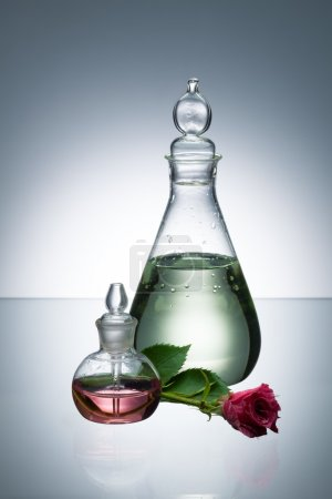 Essential oil and scent