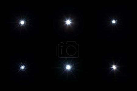 Foto de Conjunto de luces de destello con efecto destello de lente sobre fondo negro - Imagen libre de derechos