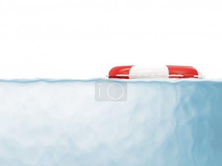 Photo pour Ceinture de sauvetage rouge sur l'eau - image libre de droit