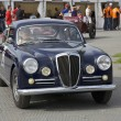 Постер, плакат: Melbourne Formula One Lancia and other antique racers in 2010