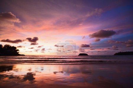 Photo pour Paysage de mer au coucher du soleil - image libre de droit