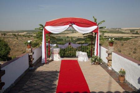 Photo pour Tente pour organiser des cérémonies de mariage en Espagne - image libre de droit