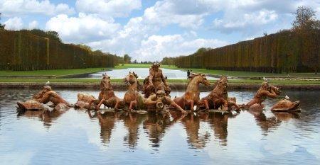 Apollo fountain versailles palace paris