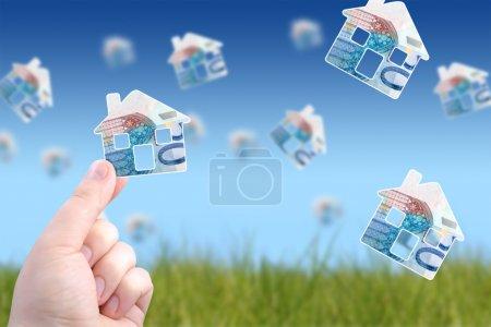 Photo pour Investir dans l'immobilier concept. - image libre de droit