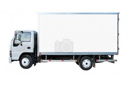 Photo pour Camion blanc vide isolé sur un fond blanc - image libre de droit