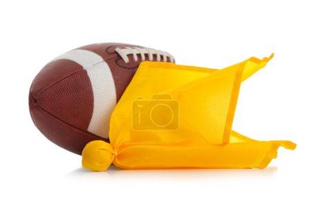 Fußball und Elferfahne auf weiß