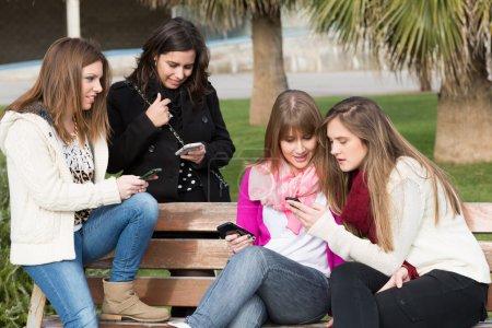 Chicas móviles