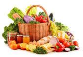 """Постер, картина, фотообои """"разнообразие органических продовольственных продуктов, изолированные на белом"""""""