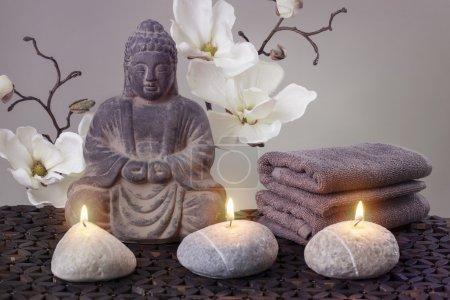 Photo pour Bouddha en méditation, concept religieux - image libre de droit