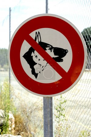 Panel prohibited with the dog