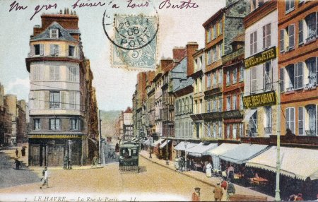 old postcard of Le Havre, the street of Paris