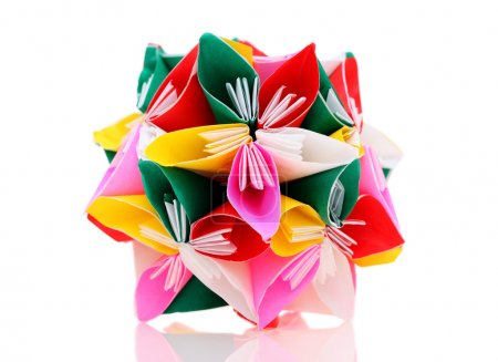 Foto de Flor hecha de papel de origami en fondo blanco - Imagen libre de derechos