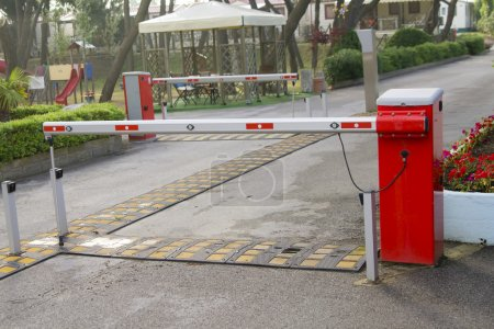 Camping entrance barrier
