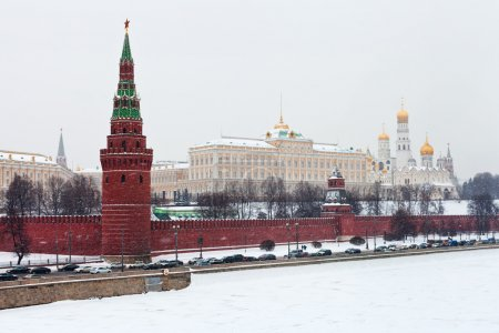 View of Grand Kremlin Palace and Kremlin walls in Moscow