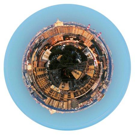 Photo pour Petite planète - urbaine vue panoramique sphérique d'une zone résidentielle à Moscou dans la soirée, isolée sur fond blanc - image libre de droit