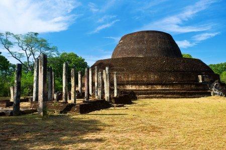 pabulu vihara stupa à polonnaruwa, sri lanka