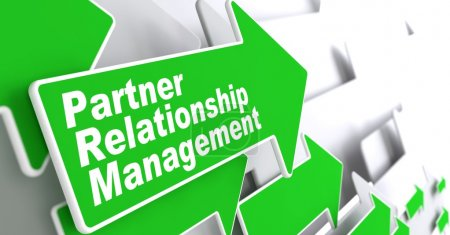 """Photo pour Concept de gestion des relations avec les partenaires. Green Arrow avec """"Partner Relationship Management"""" Slogan sur fond gris. Expéditeur 3D . - image libre de droit"""