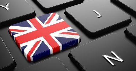 Photo pour Drapeau du Royaume-Uni - bouton sur le clavier d'ordinateur noir. - image libre de droit