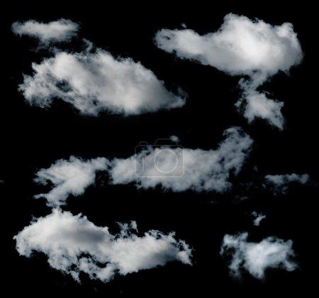 Photo pour Ensemble de nuages isolés noirs - image libre de droit