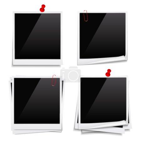 Ilustración de Fotos instantáneas en blanco con pasadores de empuje y clips, vector eps10 ilustración - Imagen libre de derechos