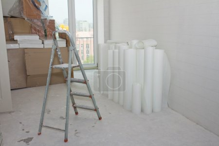 Home improvement: white glass wallpaper rolls and ...
