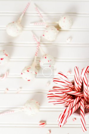 Peppermint chocolate cake pops