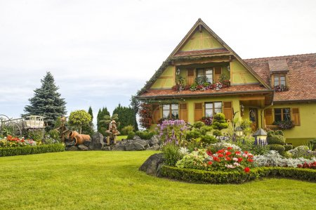 Ottrott (Alsace) - House and garden