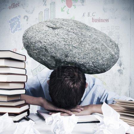 Estrés y abrumado en el trabajo