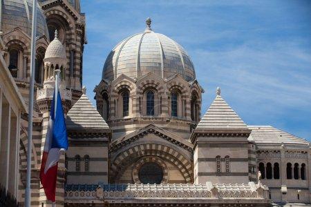 Photo pour Célèbre cathédrale de la majeure à marseille en france - image libre de droit