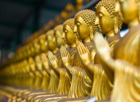 Photo pour Vue de la statue de Bouddha en Thaïlande - image libre de droit