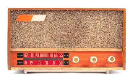 Photo pour Vintage radio ancien isolé sur fond blanc - image libre de droit