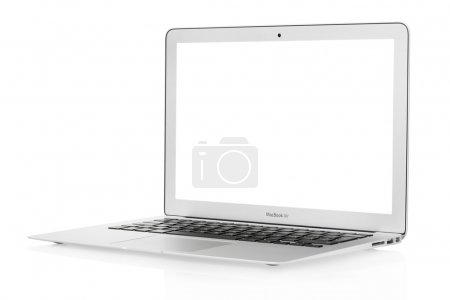 Photo pour Apple mac book air portable isolé sur blanc, un tracé de détourage inclus - image libre de droit